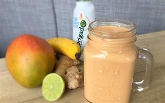 Mega lekkere mango – wortel – gember ontbijt shake