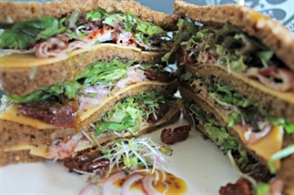 Old Amsterdam BLT Clubsandwich