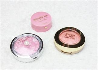 3 blushes voor een gezonde en glowy look