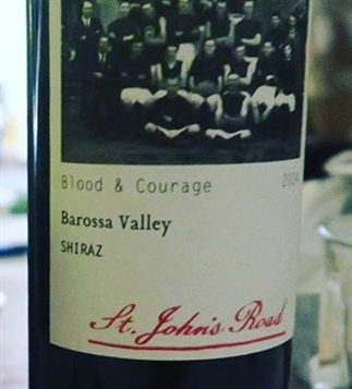 Blood & Courage Shiraz: bacon, bramen en bomen