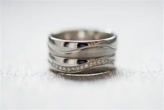 De marketingstunt achter de diamanten trouwring
