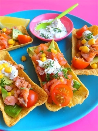 Taco Party Snacks met Avocado & Zalmsnippers