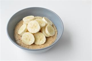 Havermout met pindakaas en banaan