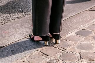Het mini hakje mag weer onder je schoen