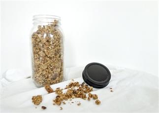 Makkelijke tahini granola