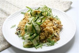 Saffraan risotto met gegrilde courgette