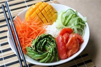 Sushi bowl met vegan 'tonijn'