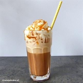 Frappuccino met karamelsaus