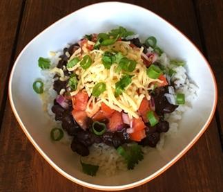 Simpele Burrito Bowl met zwarte bonen