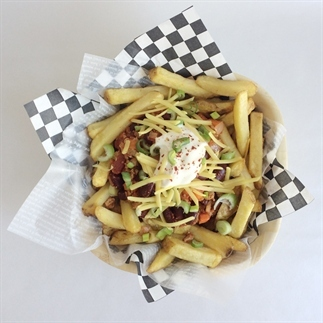 Vegan chilli fries