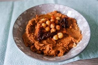 Makkelijk recept: Hummus met zongedroogde tomaten