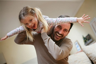 Vader van vier en dochters en Instagram hero