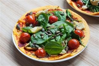 Pizza van wraps met artisjokharten