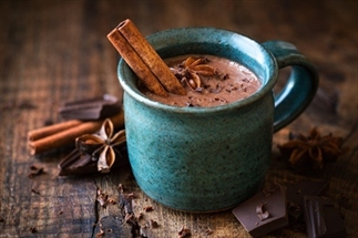 Waarom warme chocolademelk goed voor je is
