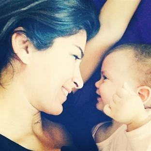 Annelik ve Hayata Dair